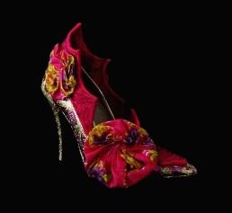 Criminal Aesthetic Fashion #28, 2013, glitter, cotton ribbons and felt, size n40 / 9, unique piece