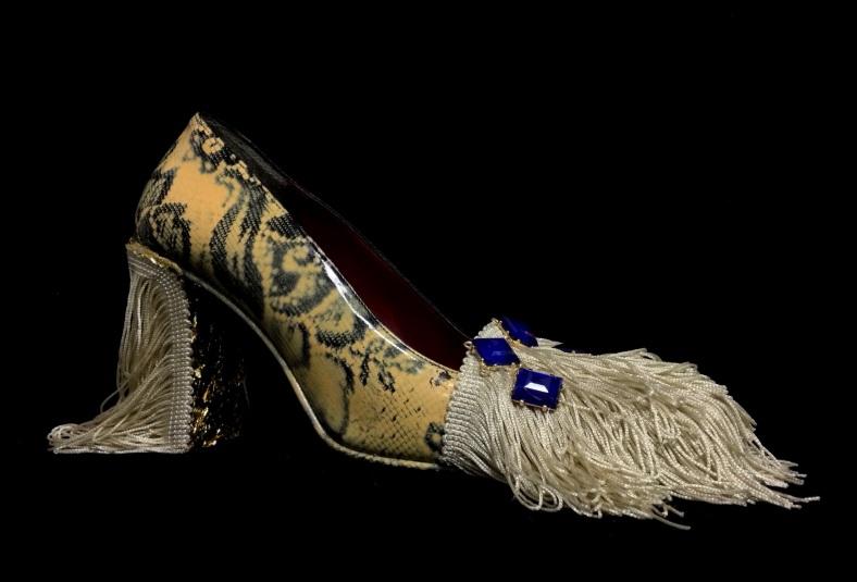 Daniel González, Bastardisation Collection #3, 2014, gold leaf, spray paint, fringes and bijou on leather decollete shoes, n38 - unique piece, ph Elena Girelli