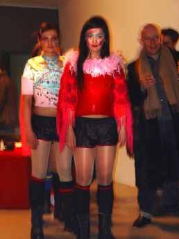Buy or Die, performance, Play Gallery, Berlin, 2004