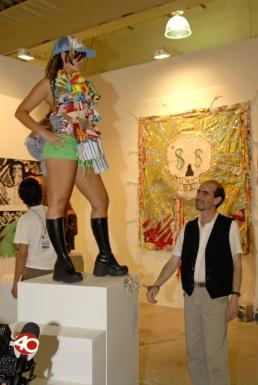 Strip Tradition Gringo Aguante Carajo, performance frame, Zona Maco, México City, 2006