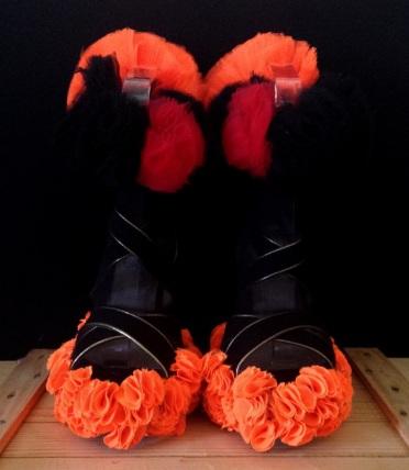 Daniel González_Bastardisation #34_2014_panty hose, pon pon and spray paint on sandal_unique piece _ph Elena Girelli